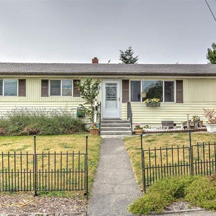 443 SW 10th Ave, Oak Harbor, Washington, Whidbey Island, Homes, real Estate, Anita johnston